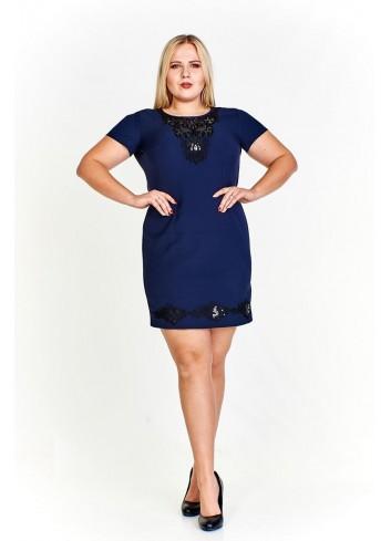 Elegancka sukienka ze zdobieniami Plus Size