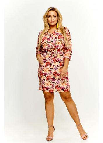 Wzorzysta sukienka z paskiem Plus Size