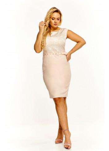 Elegancka sukienka z paskiem Plus Size