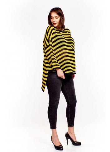 Oversiz'owy sweter w poziome paski Plus Size