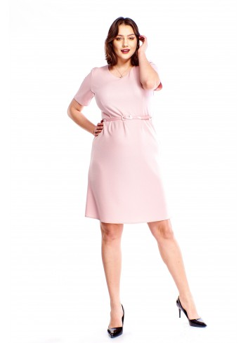 Pudełkowa sukienka z paseczkiem Plus Size