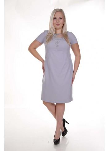 Klasyczna sukienka z koronkową wstawką na dekolcie Plus Size