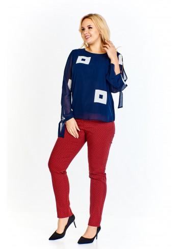 Bluzka w ciekawy wzór z delikatnie prześwitującymi rękawami wiązanymi przy mankietach