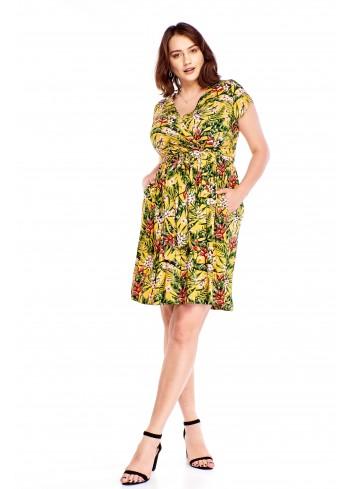 Kopertowa sukienka w kwiatowy wzór Plus Size