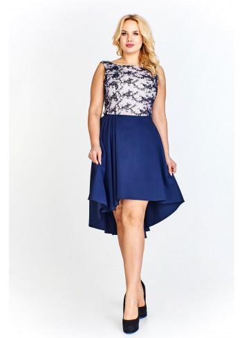 Wieczorowa sukienka z koronkową dopasowaną górą i asymetrycznie skrojonym swobodnym dołem