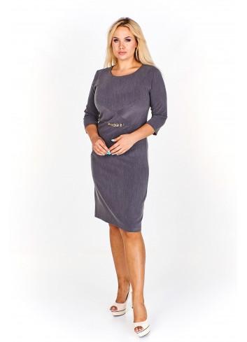 Klasyczna sukienka z przeszyciami i elementem ozdobnym Plus Size