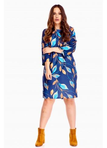 Wzorzysta  sukienka Plus Size dla puszystej