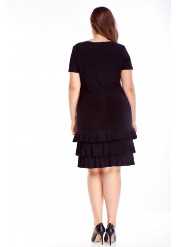 Elegancka sukienka z falbankami dla puszystych PLUS SIZE