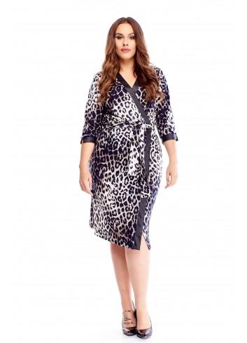 Szlafrokowa sukienka w panterkę z wiązaniem w pasie XXL