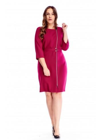 Wyjątkowa sukienka z ozdobnym ekspresem i paskiem PLUS SIZE