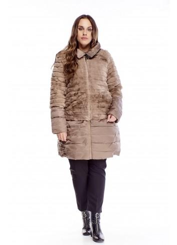 Pikowany płaszcz z futrzaną narzutką dla puszystej XXL