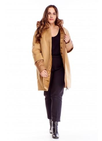 Ciepły zimowy płaszcz z łączonych tkanin i kapturem XXL