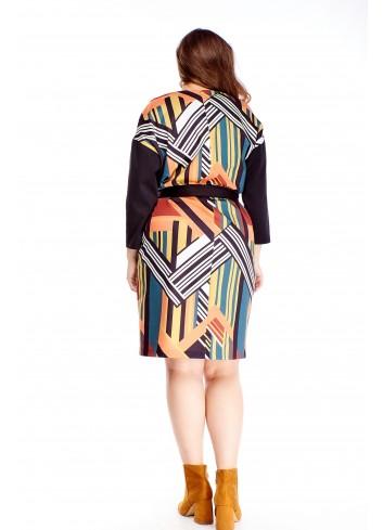 Modna sukienka w geometryczny wzór i wiązaniem w pasie XXL