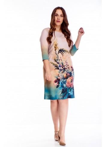 Sukienka z modnym wzorem dla puszystej