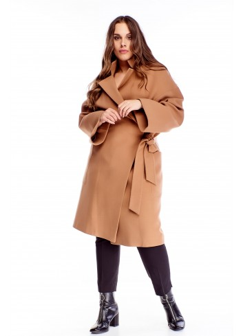 Kaszmirowy długi płaszcz o szlafrokowym kroju dla puszystej