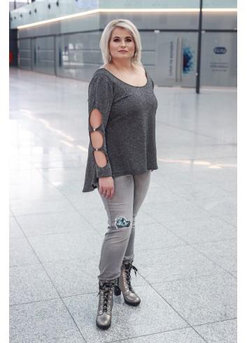 Bluzka z rozcięciami i dekoltem w serek na plecach XXL