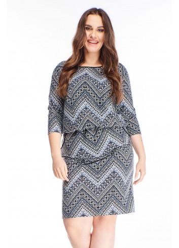 wzorzysta sukienka z gumką w pasie i kieszeniami