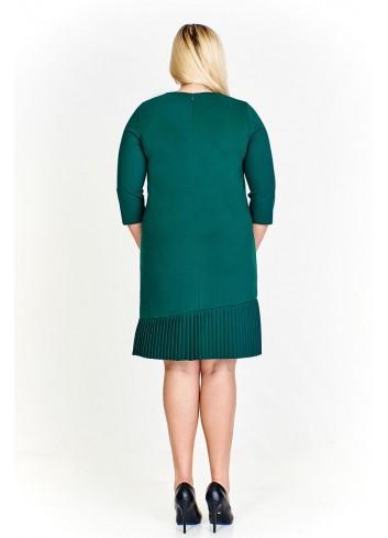 Elegancka sukienka z plisowanym dołem dla puszystych