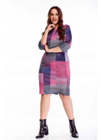 Wzorzysta sukienka z rękawem 3/4 ołówkowy krój PLUS SIZE