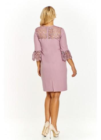 Pudełkowa sukienka z ażurowymi wstawkami Plus Size