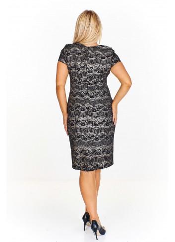 Wzorzysta sukienka z dekoltem w serek Plus Size