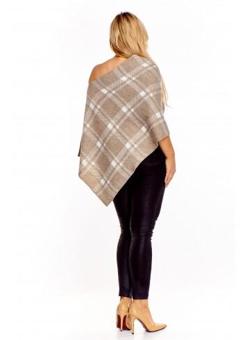 Sweter o kroju ponczo
